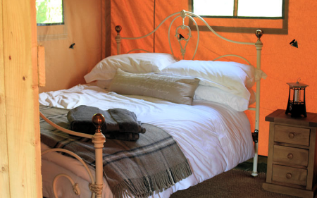 5_safari_ten_bedroom1_450x281px